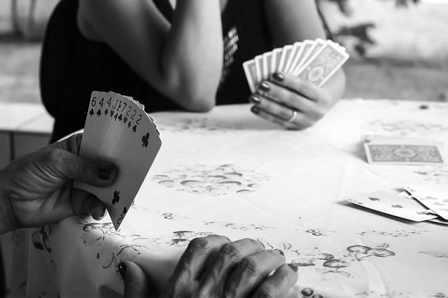 3 Pesohor Dunia Yang Juga Gemar Bermain Poker